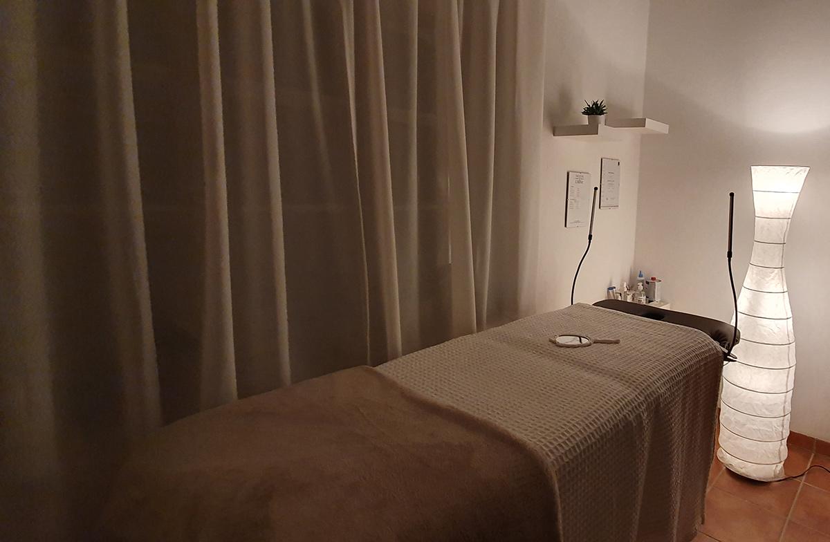 Wimpernextensions - Wimpernverlängerung - bei Friseur Carina in Salzburg Nonntal - hier könne Sie sich auch Wimpern verlängern lassen
